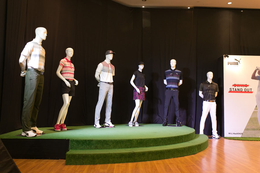 Mannequins on stage